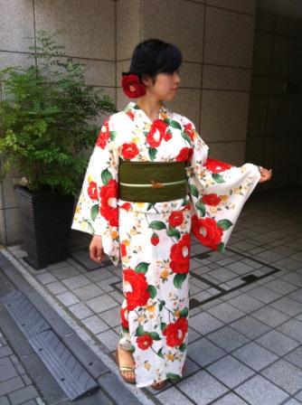 「きもの道楽」浴衣 乙女椿・ベージュ  ¥36,750